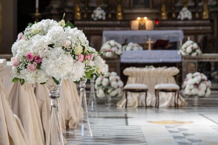immagini-di-matrimonio-allestimento-chiesa