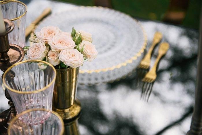 immagini-di-matrimonio-allestimento-con-rose