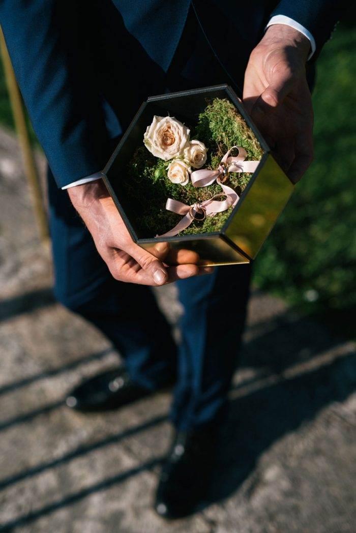 immagini-di-matrimonio-porta-fedi