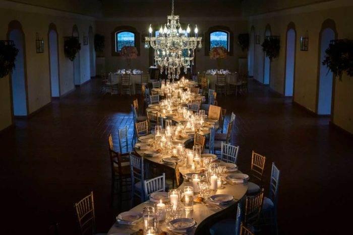 foto eventi allestimento tavoli serale