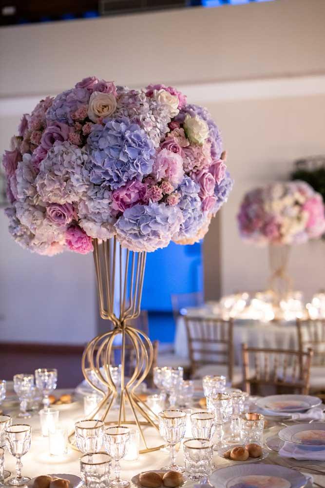 foto eventi fiori su tavolo